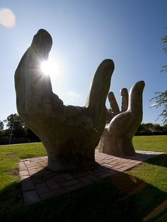 Glenrothes Town Art - Giant Hands catch the light (1980 by Malcolm Robertson) by Historic Scotland, via Flickr