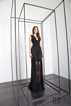 Basil Soda - Hazır giyim - Sonbahar-Kış 2013-2014 - http://tr.flip-zone.com/fashion/ready-to-wear/independant-designers/basil-soda