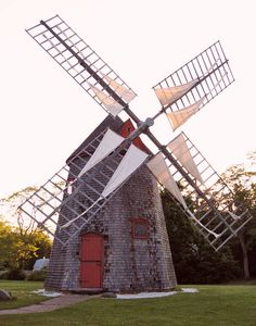 Photograph of the en:Eastham Windmill taken by me during the sunset of June 15, 2006.