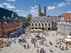 marktplatz-mit-rathaus-und-hotel-kaiserworth-in-goslar-800-600-100-nc-c-7kGOvi.jpeg (800×600)