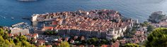 [20070825_181601_DubrovnikCenterPano_.jpg] Old town of Dubrovnik seen during the day, seen from the hill of Srd (yeah, croats must have forgotten to grab the vowels when they were passed an alphabet).