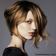 brown hair with blonde highlights..lovely