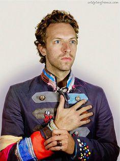 chris martin from coldplay for nadav kander portrait Great Bands, Cool Bands, Chris Martin Coldplay, The Happy Prince, Jonny Buckland, Mode Blog, John Martin, Famous Faces, Viva La Vida