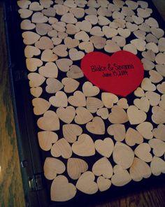 Alternative Wedding Guest Book Wood Heart Guestbook  door CForiginal, $160.00