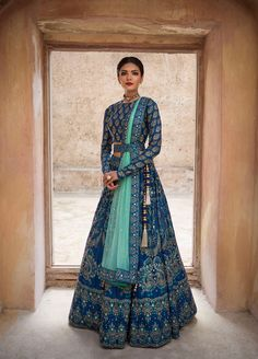 Make a grand entry at the wedding adorning this meticulously handcrafted lehenga ensemble by Vasansi Jaipur. Whatsapp us now for personal shopping experience! Call/WhatsApp for Purchase Inqury : Designer Bridal Lehenga, Bridal Lehenga Choli, Ghagra Choli, Designer Sarees, Indian Bridal Outfits, Indian Designer Outfits, Designer Dresses, Indian Designers, Mode Bollywood