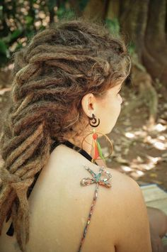 braided #dreads - how do they do thissss -.- mine always fall..maybe one day! Lol