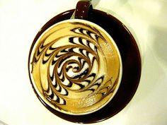 ✔ Banco de Imágenes: Figuras creativas en tazas de café capuchino - Art in the coffee