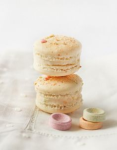 Fruit Tingle (Fizzy Candy) Macarons by raspberri cupcakes, via Flickr