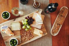 The way to a girl's heart...cheese + wine! A great start to a romantic evening. #ValentinesDay #EccoDomani