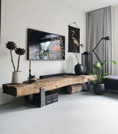 The most popular home items from - De meest populaire woonitems van great furniture from railway sleepers! Indian Living Rooms, Home Living Room, Living Room Designs, Living Room Decor, Bedroom Decor, Indian Interiors, Home Decor Furniture, Cheap Home Decor, Home Remodeling