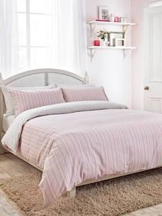 Featuring a narrow multi-coloured stripe, this brushed cotton bed linen set is soft to the touch and wonderfully warm, making it perfect for winter nights. Beige Bed Linen, Bed Linen Sets, Cotton Bedding, Linen Bedding, Bed Linens, Silver Pillows, New Room, Comforter Sets, Duvet Cover Sets