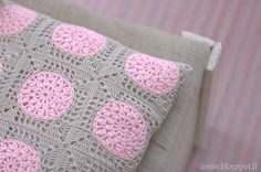 Crochet Cushions, Crochet Motif, Knit Crochet, Cushion Covers, Diy And Crafts, Textiles, Throw Pillows, Knitting, Pillow Ideas