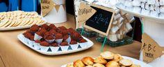 "God' Skolestart - dessertbord med desserter med tema ""God skolestart for 0.U"" - inkl. invitation"