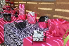 Zebra and pink Minnie Mouse party