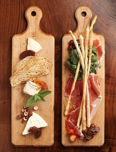 Antipasto board with breadsticks Antipasto, Food Styling, Cheese Platters, Wine Parties, Wine Cheese, Charcuterie Board, Food Plating, Food Presentation, Wine Tasting