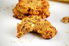 Des galettes de flocons d'avoine healthy pour un petit déjeuner sain Krispie Treats, Rice Krispies, Detox, Grains, Cookies, Cake, Desserts, Food, Flat Cakes