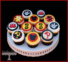 Mickey Mouse Cupcakes www.facebook.com/i.love.cuteology.cakes