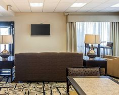 Looking for Cleveland TN hotels for business or pleasure, Call on 423-559-1001 or Visit clarionclevelandtn.com to book best rate Cleveland Lee University Campus hotels or hotels near ADM Milling Center.