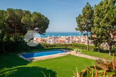 Stunning luxury villa for sale in Arenys de Mar