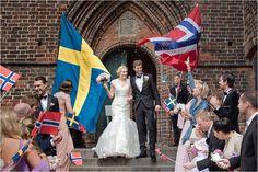 Wedding at Mariakyrkan, Helsingborg #ceremony #confetti #wedding #helsingborg #moments #church #ögonblick #lifestyle #realwedding #romantic #swedishwedding #photographer #naturallight #porträtt #kullafoto #annalauridsen #bröllop #bröllopsfotograf #bryllup #bryllupsfotograf #bröllophelsingborg Bröllop Helsingborg Skåne [Photo by Anna Lauridsen Kullafoto]