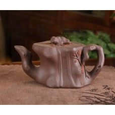 Tree Yixing Teapot 'Ruler of the Forest' with Plum Flower Decoration (300 ml / 10 oz)