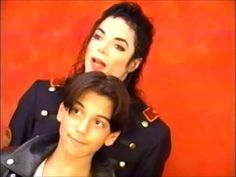 Michael Jackson VERY RARE NEW PART TO NEW FOOTAGE 1993 photoshoot