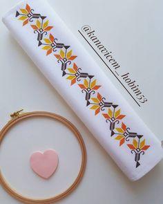 Cross Stitch Designs, Cross Stitch Patterns, Art N Craft, Border Design, Cross Stitch Flowers, Loom Patterns, Diy And Crafts, Lily, Embroidery