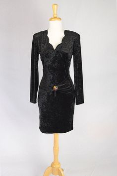 Fabulous vintage black crushed velvet bodycon dress by All That Jazz! Gorgeous…