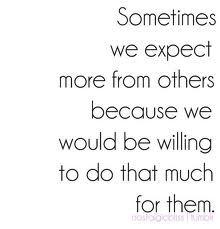 Precisamos a aprender a não esperar nada em troca. Simples assim!
