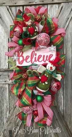 BaBamWreaths on Etsy Christmas Front Doors, Christmas Swags, Christmas Wreaths To Make, Merry Christmas To All, Christmas Fabric, Holiday Wreaths, Diy Christmas Gifts, Christmas Projects, Christmas Ornaments