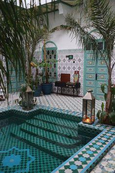 Moroccan Garden, Moroccan Home Decor, Moroccan Interiors, Moroccan Bedroom, Moroccan Lanterns, Moroccan Tiles, Moroccan Art, Moroccan Design, Houses Architecture