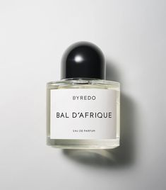 With its warm notes of vetiver, Bal d'Afrique perfume is a unique fragrance, inspired by African culture and the Parisian avant-garde scene. Burning Rose, Perfume Lady Million, Perfume Fahrenheit, Perfume Invictus, Perfume Diesel, No Mans Land, Fragrance Samples, Perfume Making, Slow Dance