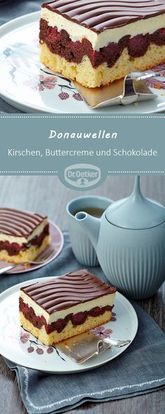 Donauwellen: Ein fruchtiger Kuchen vom Blech mit Kirschen, Buttercreme und Schok… Danube waves: A fruity cake from the tin with cherries, butter cream and chocolate cake Easy Smoothie Recipes, Easy Cake Recipes, Cupcake Recipes, Baking Recipes, Cookie Recipes, Dessert Recipes, Pumpkin Spice Cupcakes, Food Cakes, Ice Cream Recipes