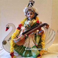 Doll as goddess Sarasvathi devi Quilling Dolls, Ganapati Decoration, Saraswati Goddess, Lord Shiva Family, Wedding Doll, Indian Dolls, God Pictures, Indian Festivals, Festival Decorations
