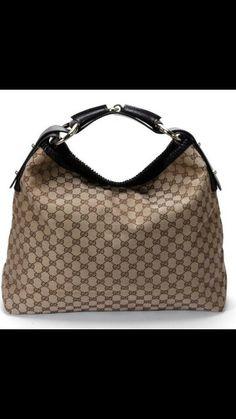 Gucci Hobo Bag - I absolutely love my bag! So roomy! Gucci Handbags Sale, Gucci Purses, Burberry Handbags, Luxury Handbags, Tote Handbags, Prada Handbags, Purses And Handbags, Designer Handbags, Brown Handbags