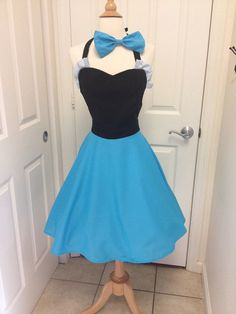 Ariel costume apron and bow by AJsCafe on Etsy... This would make me WANT to cook in the kitchen.