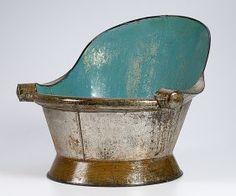 Painted Tin Bath Tub : Lot 68