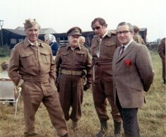 At ease, men: Never-before-seen photographs reveal the stars of original Dad's Army series relaxing on set in their civvies John Le Mesurier, Dad's Army, Uk Tv Shows, Home Guard, Bbc Tv Series, British Comedy, Presents For Men, Comedy Tv, New Dads
