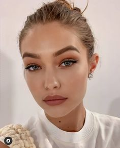 Glam Makeup, Skin Makeup, Makeup Inspo, Bridal Makeup, Wedding Makeup, Makeup Inspiration, Makeup Goals, Makeup Tips, Looks Gigi Hadid