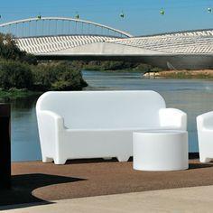 Φωτιζόμενος καναπές σε 12 χρώματα Outdoor Furniture Sets, Outdoor Decor, Sun Lounger, Home Decor, Acapulco, Chaise Longue, Decoration Home, Room Decor, Home Interior Design