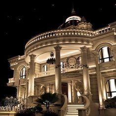 Enhance Your Senses With Luxury Home Decor Classic House Exterior, Classic House Design, Dream House Exterior, Dream Home Design, Mansion Bedroom, Mansion Interior, Luxury Homes Interior, Mansion Homes, Dream Mansion