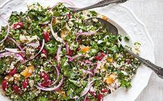 #Ensalada de #quinoa con col verde y albaricoques frescos. #Runners