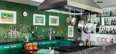 Nada de branco, verde é a nova tendência para cozinhas (Reprodução)