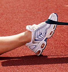 Toe pulls to avoid shin splints.