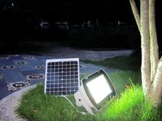 Solar Lighting System vs Low Voltage Lighting | The Solar Lights Site