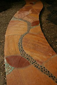 Mosaic walkway ~ really love these colors and adding a bit of mosaic to the walkway!   I will use those 2 ideas for the walkways I make.  And maybe stain some different colors, like a pretty colbalt blue with mosaic!