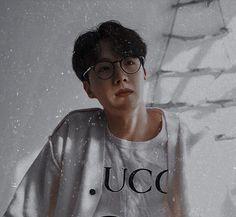 Jung Hoseok, J Hope Selca, Bts J Hope, Taehyung, Namjoon, Foto Bts, K Pop, Bts Memes, J Hope Tumblr