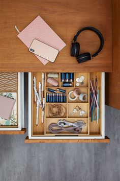 Junk drawer no more! Clean up your drawers with new Bamboo Drawer Organizers from Better Homes & Gardens at Walmart. #junkdrawer #drawerstorage #drawerorganization #cleandrawer #drawerideas #junkdrawerorganization #bamboo #storageorganizer