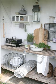 21 Cozy DIY Interior Designs To Make Your Home Look Outstanding - Garten - Outdoor Kitchen Ideas Apple Kitchen Decor, Nordic Kitchen, Diy Outdoor Kitchen, Outdoor Decor, Kitchen Ideas, Diy Interior, Outdoor Grill Station, Mediterranean Home Decor, Tuscan Decorating