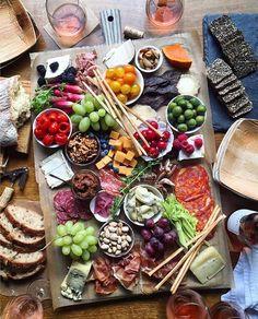 Oh, my! My kind of dinner!  #apéro #aperotime #drinks #winelover #foodies #tapas #cuisine #vinhos #food #cooking #drink #recipe #instadrink #vin #wine #vinho #instawine #aperitif #cheers #snack #instafood #appetizer #instawine #vino #aperitivo #antipasti